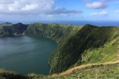 Blick in den Vulkankrater von Sete Cidades